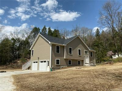 40 LITTLE PUNKUP RD, Oxford, CT 06478 - Photo 1