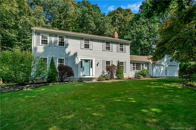 4 VIXEN RD, Trumbull, CT 06611 - Photo 1