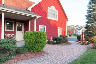 14 SPRING VALLEY DR, Berlin, CT 06037 - Photo 2