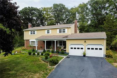 10 BROOKFIELD DR, East Lyme, CT 06333 - Photo 2