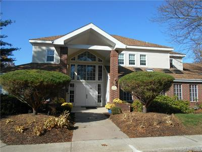 223 CARRIAGE CROSSING LN # 223, Middletown, CT 06457 - Photo 2