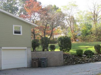 7 KEVIN RD, East Lyme, CT 06357 - Photo 2