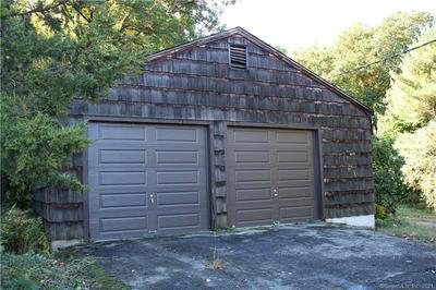 190 LEAVENWORTH RD, Shelton, CT 06484 - Photo 1