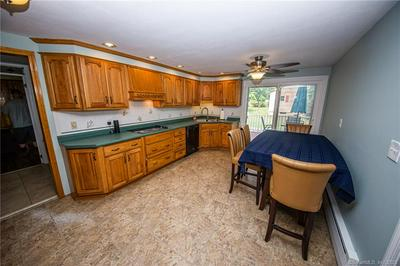 37 DALE RD, Enfield, CT 06082 - Photo 2