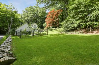170 SPECTACLE LN, Ridgefield, CT 06877 - Photo 2