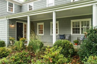 32 TERRACE AVE, Greenwich, CT 06878 - Photo 2