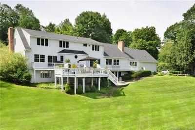 4 APPLE LN, Simsbury, CT 06070 - Photo 2