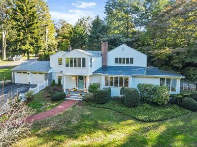 23 CROOKED TRAIL RD, Norwalk, CT 06853 - Photo 2