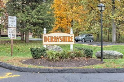 42 DERBYSHIRE # 42, Derby, CT 06418 - Photo 2