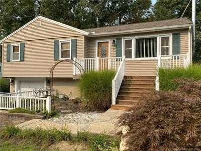 26 COLONIAL DR, Prospect, CT 06712 - Photo 2