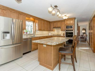 129 BOYLSTON ST, Newington, CT 06111 - Photo 2