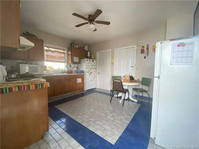 37 SOUNDVIEW AVE, Stamford, CT 06902 - Photo 2