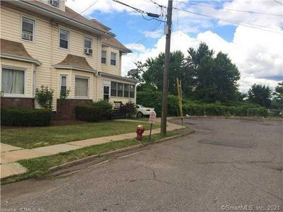 14 CHAPIN PL, Hartford, CT 06114 - Photo 2