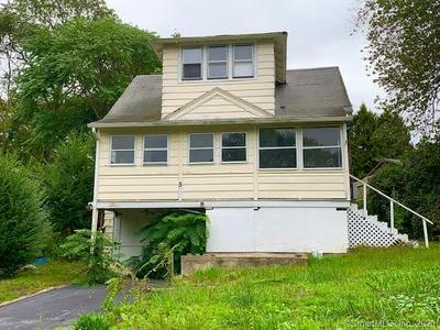 5 EAST ST, Waterford, CT 06385 - Photo 1