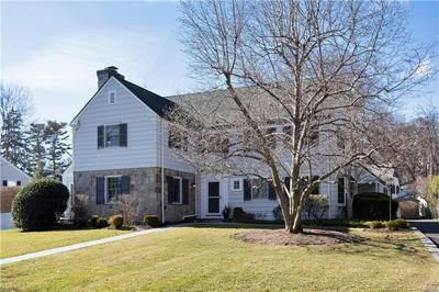 330 HYCLIFF TER, STAMFORD, CT 06902 - Photo 2