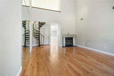 30 NATUREVIEW TRL, Bethel, CT 06801 - Photo 2