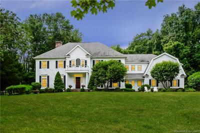 801 BANKS NORTH RD, Fairfield, CT 06824 - Photo 1