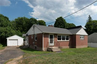 17 NEW RD, Hamden, CT 06518 - Photo 2