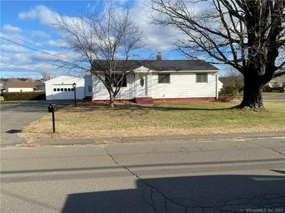 370 E RIDGE RD, Middletown, CT 06457 - Photo 1