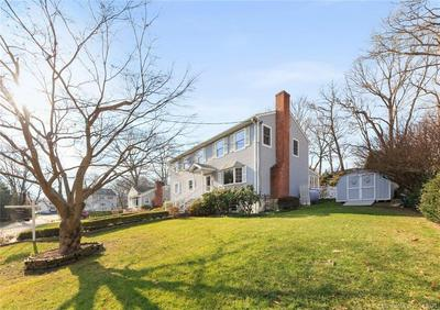 10 FRATE CT, Darien, CT 06820 - Photo 2