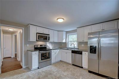 41 GRIFFIN RD, Manchester, CT 06042 - Photo 2