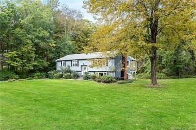 24 WOOSTER HEIGHTS DR, Ridgefield, CT 06877 - Photo 2