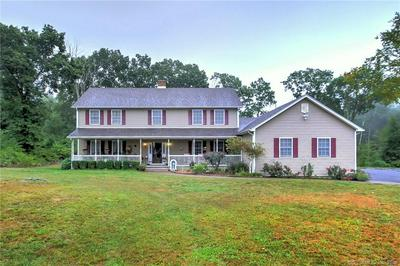 5 JEM WOODS RD, Oxford, CT 06478 - Photo 1