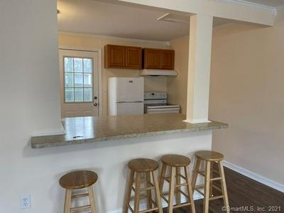 190 MIDWAY OVAL, Groton, CT 06340 - Photo 2