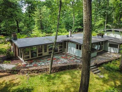 73 HICKORY HILL RD, Simsbury, CT 06070 - Photo 2