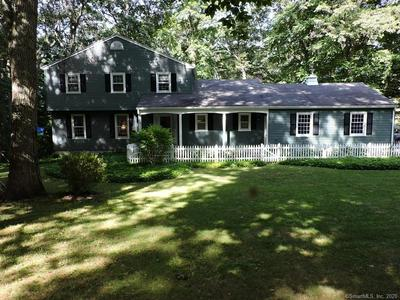 14 MAID MARION DR, Ledyard, CT 06335 - Photo 2