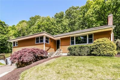 1 BLUEBERRY HILL RD, Redding, CT 06896 - Photo 2