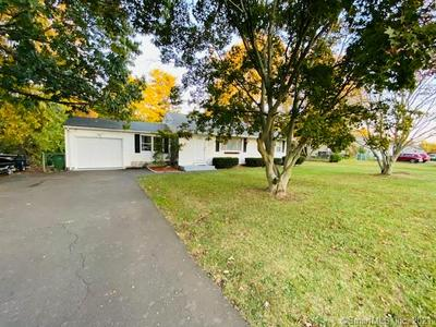 154 SHUNPIKE RD, Cromwell, CT 06416 - Photo 1