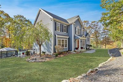 62 OLD COUNTRY RD, Oxford, CT 06478 - Photo 2
