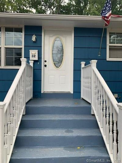 32 PACKARD ST, Bloomfield, CT 06002 - Photo 1