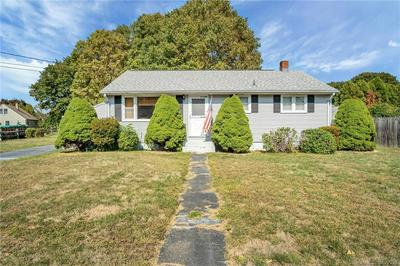 4 EDGEWOOD AVE, Waterford, CT 06385 - Photo 2