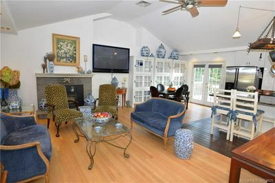 100 VALLEY VIEW RD, Stratford, CT 06614 - Photo 2