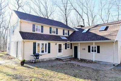22 KETTLETOWN WOODS RD, SOUTHBURY, CT 06488 - Photo 1