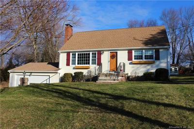 8 CRICKET LN, East Granby, CT 06026 - Photo 2