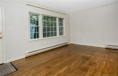 33 E HILLS DR # 33R, New Canaan, CT 06840 - Photo 2