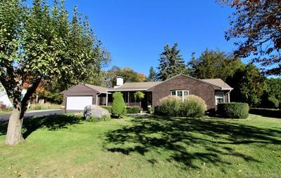 37 HINCKLEY ST, Stonington, CT 06355 - Photo 1