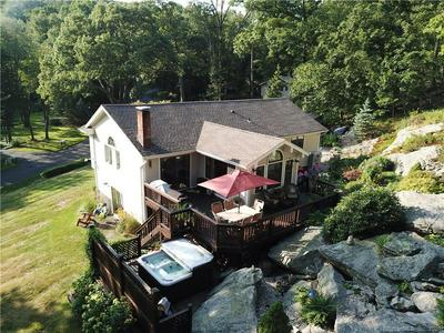 7 GALLOPING HILL DR, New Fairfield, CT 06812 - Photo 2