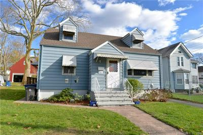 105 WOODWARD AVE, New Haven, CT 06512 - Photo 1