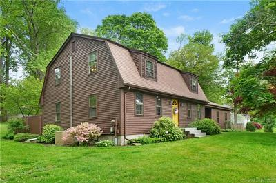 11 OLD CARRIAGE RD, Portland, CT 06480 - Photo 2