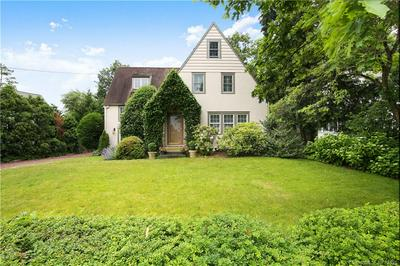 38 OVAL AVE, Greenwich, CT 06878 - Photo 2