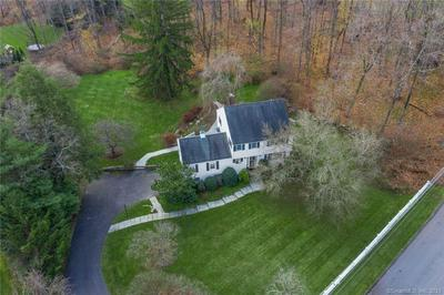 39 DABNEY RD, New Canaan, CT 06840 - Photo 2