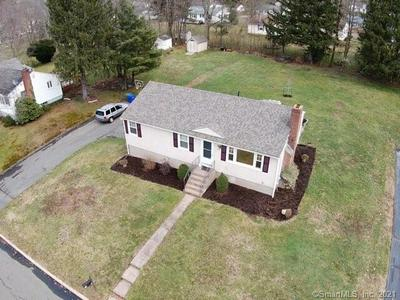53 SHELLEY RD, Middletown, CT 06457 - Photo 2
