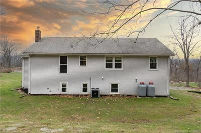 86 LEDGE RD, Plainville, CT 06062 - Photo 2