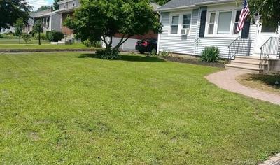 171 TOMLINSON AVE, Plainville, CT 06062 - Photo 2