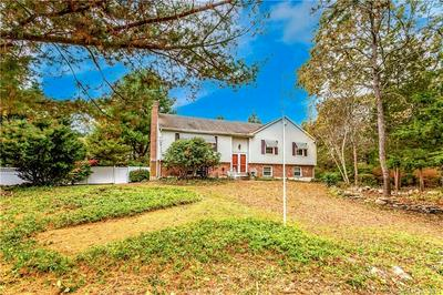 8 ROGERS HILL RD, Waterford, CT 06385 - Photo 2