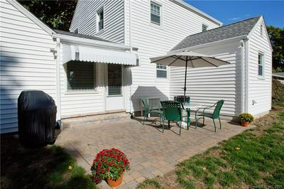 7 OAKWOOD RD, Simsbury, CT 06070 - Photo 2